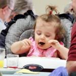 KRRG (e-K) Unidentified BABY eating